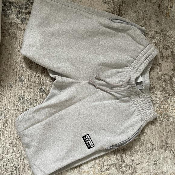 Size small adidas sweatpants